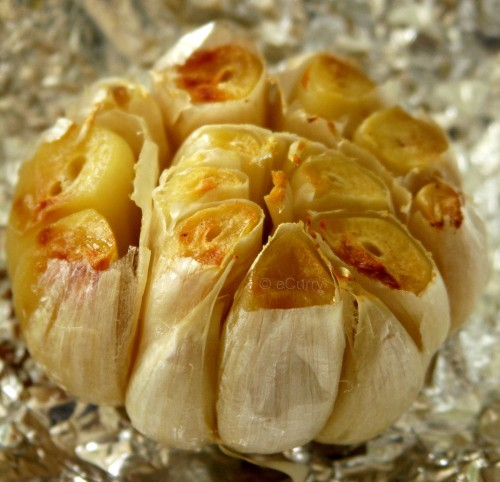 Click to learn how to roast garlic (ecurry.com)